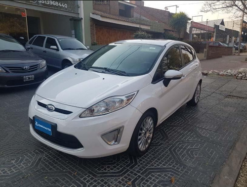 ford fiesta kinetic design 1.6 5p titanium 2012
