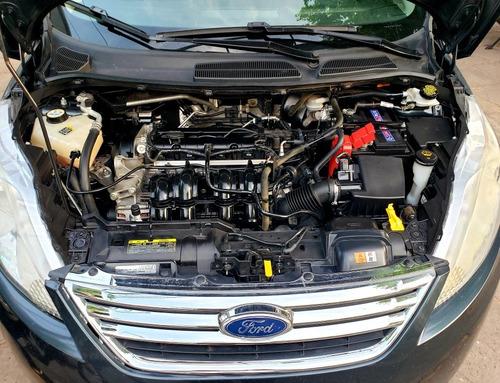 ford fiesta kinetic design 1.6 design sedan 120cv trend