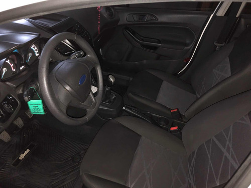 ford fiesta kinetic design 1.6 s plus 120cv 2015