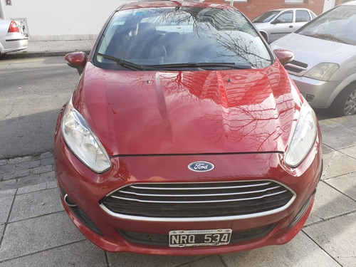 ford fiesta kinetic design 1.6 se plus powershift
