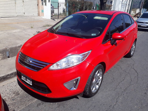 ford fiesta kinetic design 1.6 sedan se 120cv