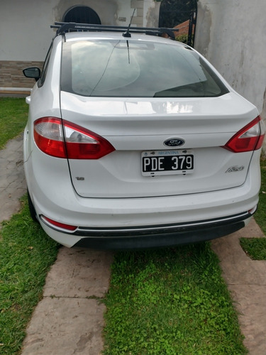 ford fiesta kinetic design 1.6 sedan se plus 120cv 2015