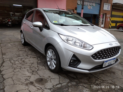 ford fiesta kinetic design 1.6 sedan se plus 120cv 2018