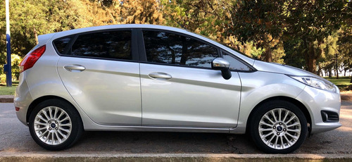 ford fiesta kinetic design 1.6 sedan se plus at 120cv 2017