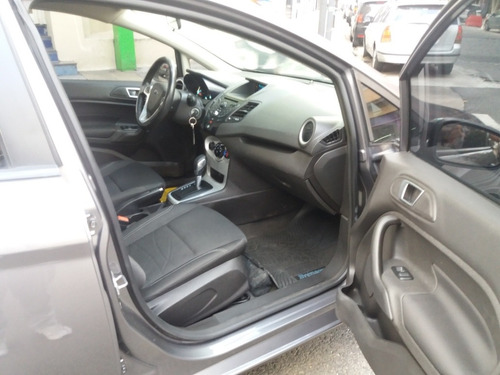 ford fiesta kinetic design 1.6 sedan se powershift 120cv