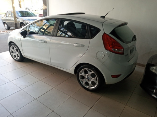 ford fiesta kinetic design 1.6 titanium 120cv 2013