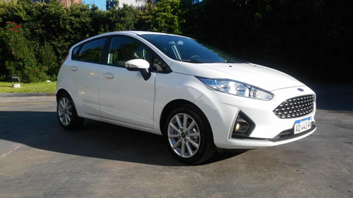 ford fiesta kinetic design 1.6 titanium 120cv