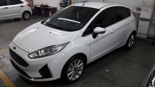 ford fiesta kinetic design 1.6 titanium 120cv mc1 oferta!!