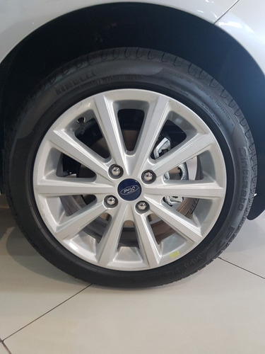 ford fiesta kinetic se 1.6 manual 5 puertas 2018 2