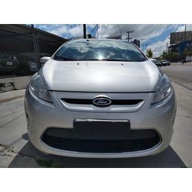Ford Fiesta Kinetic Titanium 2013