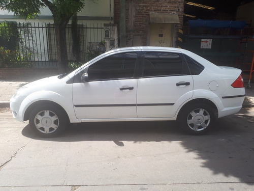 ford fiesta max 1.6 max amb plus 2005