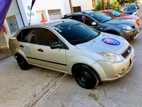 ford fiesta max 1.6 nafta/gnc 2008 4ptas