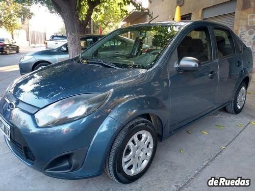 ford fiesta max 4ptas 1.6 n ambiente plus mp3 (98cv) 2011