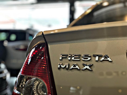 ford fiesta max edge plus 1.6n | 167.000 km | 2007