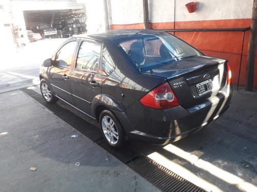 ford fiesta max gnc  full full (aty automotores)