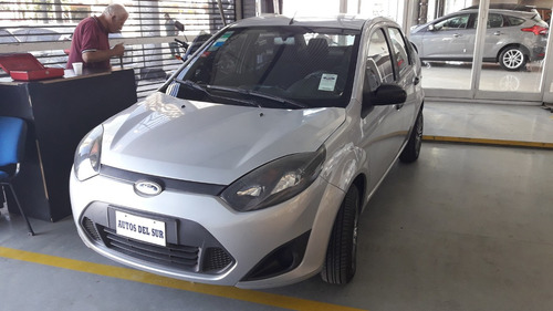 ford fiesta max one ambiente plus 1.6 2011