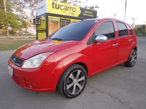 ford fiesta max sincronico