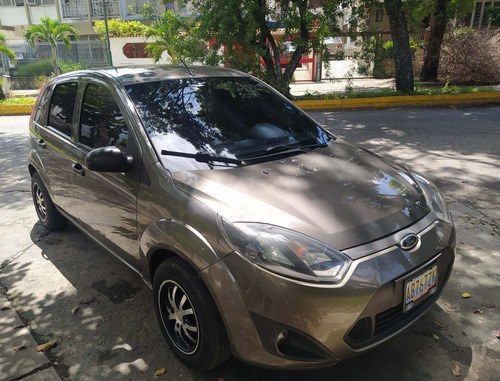 ford fiesta move 1.6 sincronico 2011 gris