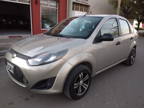 ford fiesta one max ambiente plus 1.6