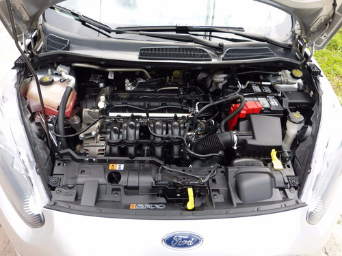 ford fiesta se mt 1600cc aa abs ab ct