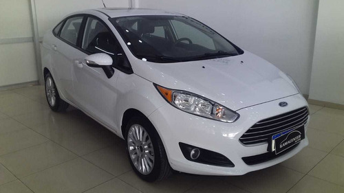 ford fiesta se plus 1.6 4p