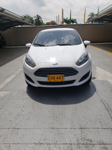 ford fiesta se powershift