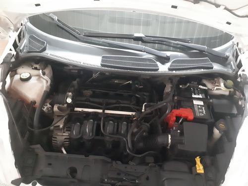 ford fiesta se sedan, modelo 2012 excelente estado 50.070 km