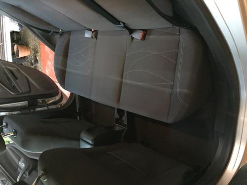 ford fiesta se transmisión estándar