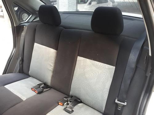 ford fiesta sedan 1.0 flex completo + rodas de liga leve
