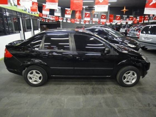 ford fiesta sedan 1.6 8v flex completo airbags 2006 preto