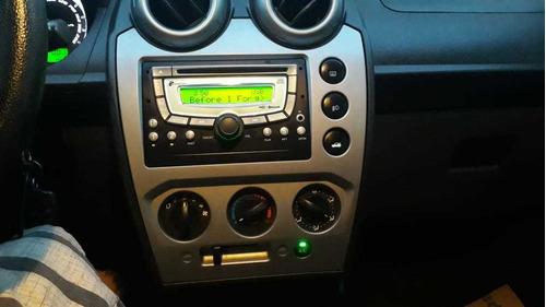 ford fiesta sedan 1.6 class flex sedã
