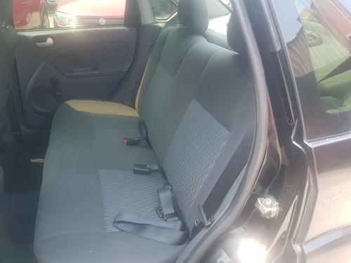 ford fiesta sedan 1.6 flex 4p 2005