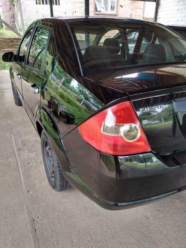 ford fiesta sedan 2006 1.0 personnalité 4p
