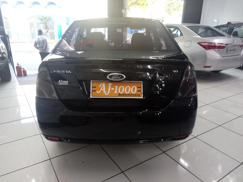 ford fiesta sedan se 2014 completo