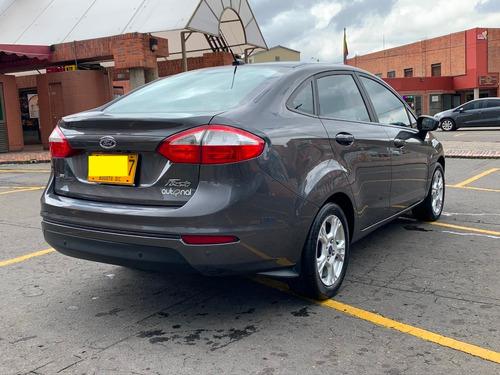 ford fiesta sedan se 2015 1.6