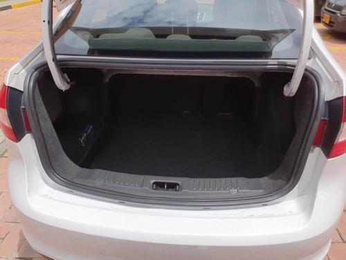 ford fiesta sportback automatico