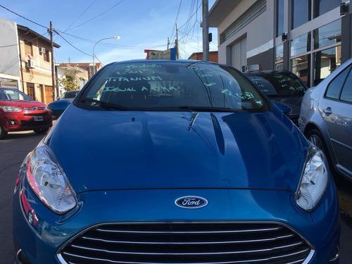 ford fiesta titanium automatico 2015 / $ 360000 y cuotas /
