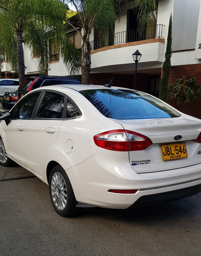ford fiesta titanium full