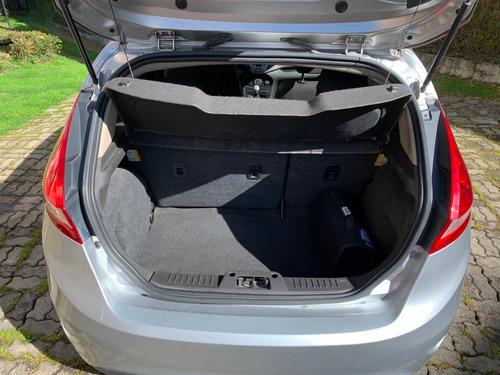 ford fiesta titanium hatch back se mod. 2012 full equipo 1.6