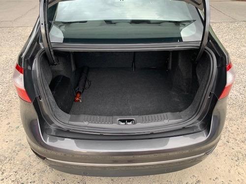 ford fiesta titanium sedan at 24.000km