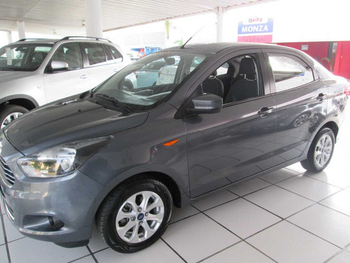 ford figo 1.5 titanium sedan at 4 cilindros