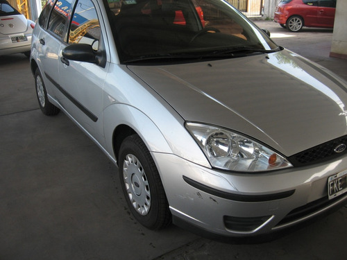 ford focus 1.6 ambiente