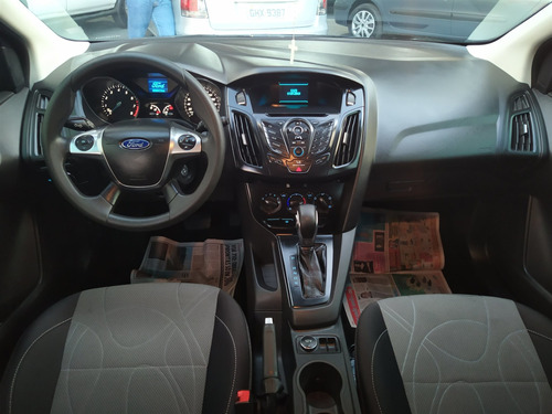 ford focus 1.6 s 16v flex 4p powershift