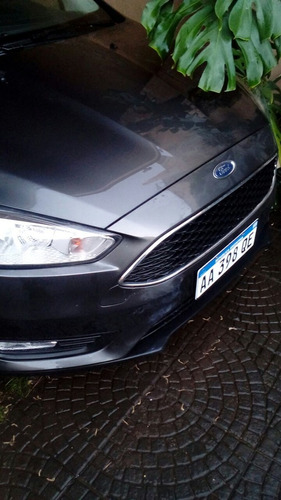 ford focus 1.6 s 5 puertas gris oscuro igual a o km