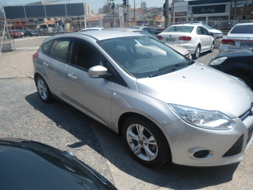 ford focus 1.6 s flex 5p 2014