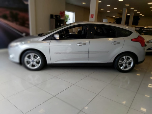 ford focus 1.6 se 16v flex 4p 2014 manual impecável!