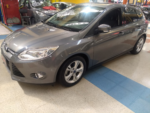 ford focus 1.6 se flex aut com banco de couro impecavel !!!!