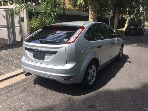 ford focus 1.6 sigma style 2010
