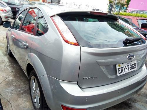 ford focus 1.6 s/se plus flex 5p 2011