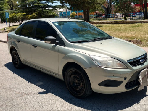 ford focus 1.6 style 2011 con equipo a gas